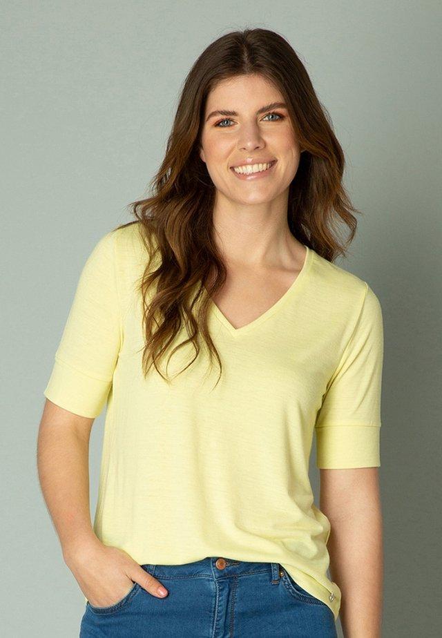 ISAURA - T-shirt basic - lemonade yellow