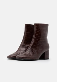 Högl - Classic ankle boots - dark brown - 2