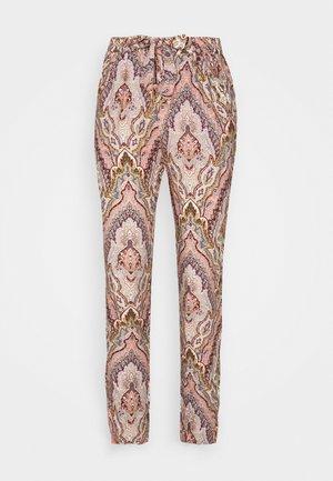 ILLA - Trousers - peach combi