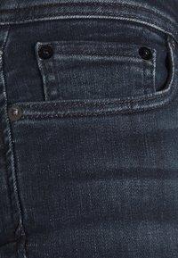 Jack & Jones - JJILIAM JJORIGINAL - Slim fit jeans - black denim - 5