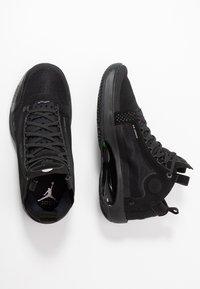 Jordan - AIR XXXIV - Koripallokengät - black/dark smoke grey/electric green - 1