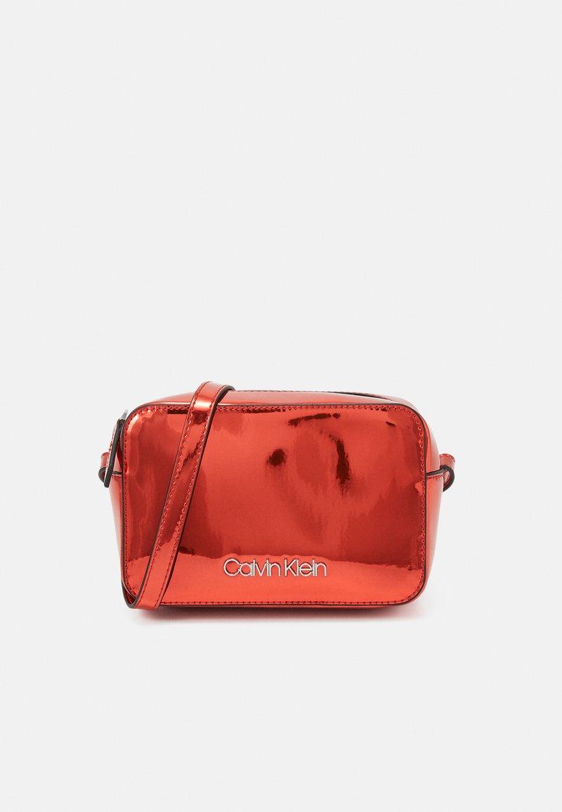 Calvin Klein - CAMERABAG - Across body bag - red