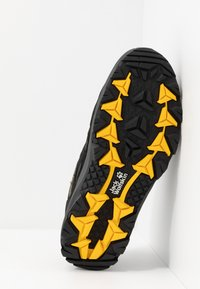 Jack Wolfskin - VOJO 3 TEXAPORE LOW - Hiking shoes - black/burly yellow - 4