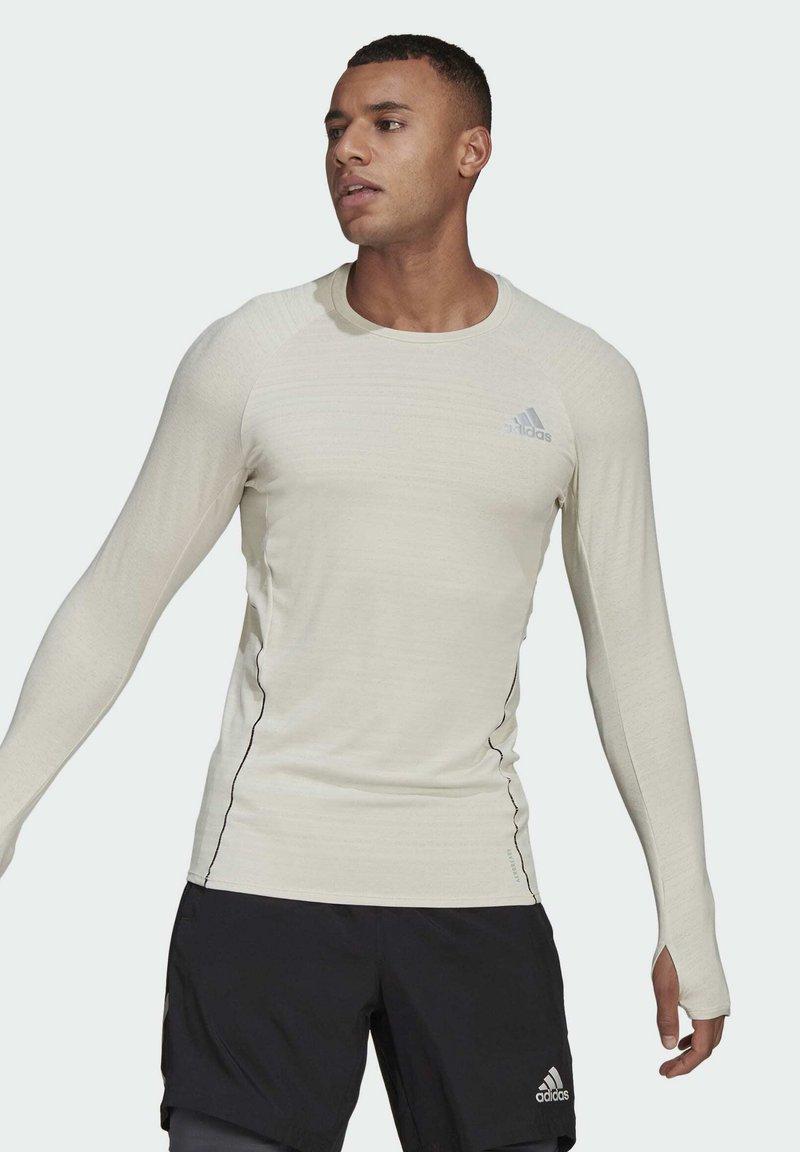 adidas Performance - RUNNER LONG-SLEEVE TOP - Long sleeved top - grey
