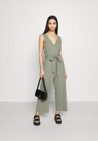 Monki - Jumpsuit - green - 1