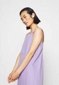 ARKET - DRESS - Day dress - lilac purple light - 4
