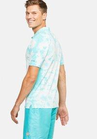 Colours & Sons - PHIL - Polo shirt - pistazie - 1