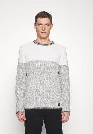 HAMILTON NEW ROUND NECK - Pullover - offwhite/silver