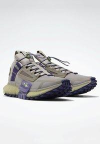 Reebok - Sneakers - grey - 2