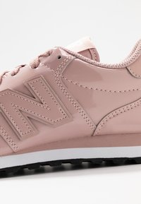 New Balance - GW500 - Zapatillas - pink - 2