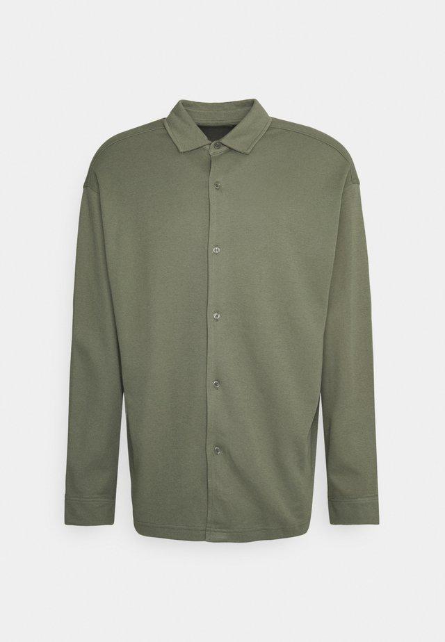 ABUTO - Overhemd - deep lichen green