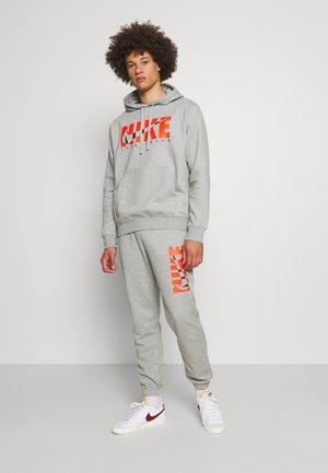 SUIT - Sportovní bunda - dark grey heather/base grey