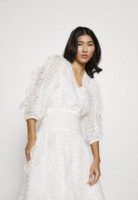 Stevie May - SANCTUARY MIDI DRESS - Day dress - white - 4