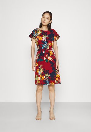 VIDIANA FLOUNCE DRESS - Denní šaty - winetasting