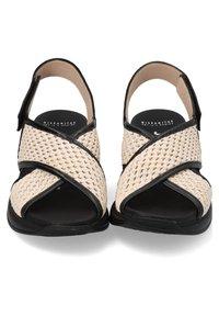 Hispanitas - Sandalen met sleehak - black - 2