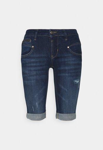 BELIXA - Denim shorts - fever