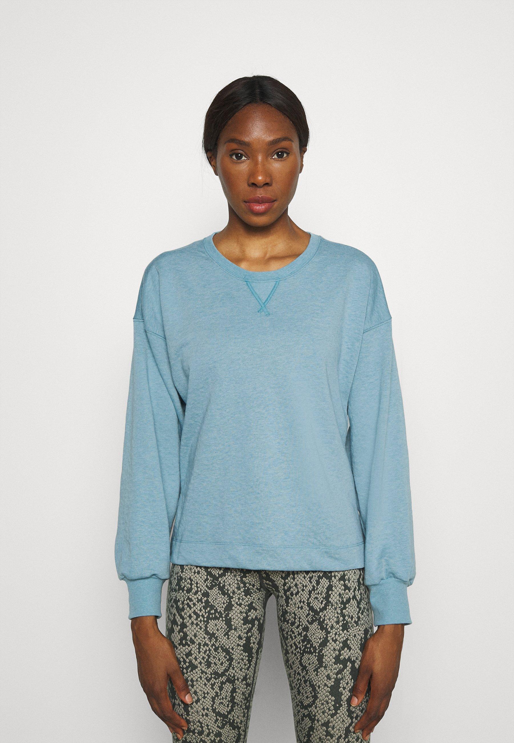 Women CORE  - Sweatshirt