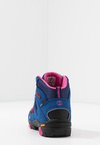 TrollKids - KIDS LOFOTEN MID - Hiking shoes - blue/magenta - 4