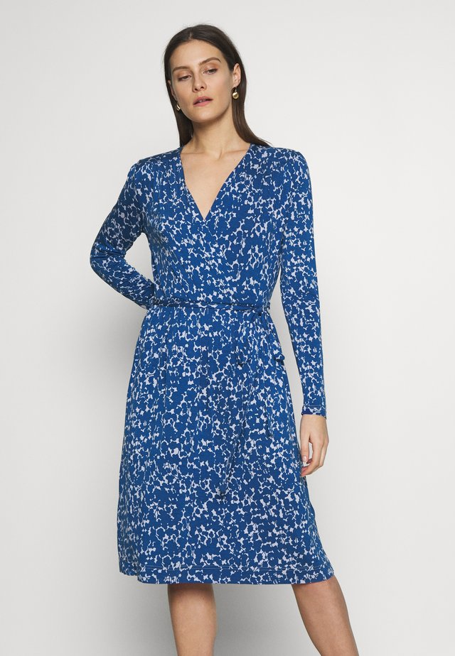 PRINTED - Jersey dress - blue