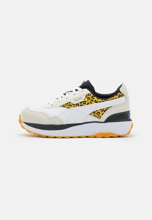 CRUISE RIDER ROAR - Trainers - white/mineral yellow