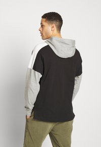 Nike Sportswear - Hoodie - black/dk grey heather/sail/(white) - 2