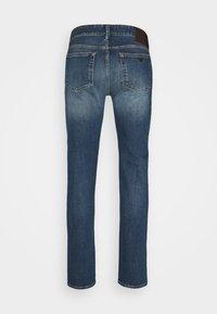 Emporio Armani - POCKETS PANT - Slim fit -farkut - blue denim - 6