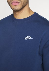 Nike Sportswear - CLUB - Sweatshirts - midnight navy - 5