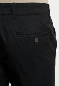 Selected Homme - SLHSTRAIGHT PARIS - Shorts - black - 3