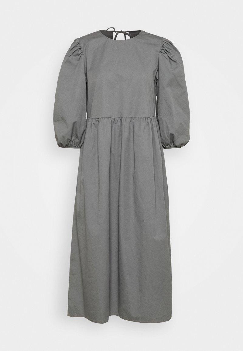 Selected Femme - SLFCATALINE  - Vapaa-ajan mekko - grey