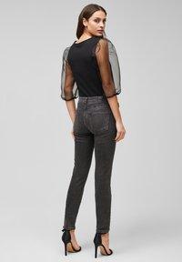 s.Oliver BLACK LABEL - Slim fit jeans - grey - 2