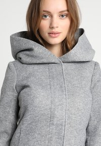ONLY Petite - ONLSEDONA JACKET - Veste légère - light grey melange - 4