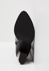 usha - Laarzen met hoge hak - black - 4