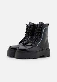 Tommy Jeans - LACE UP BOOT - Platform ankle boots - black - 2