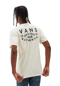 Vans - MN OG PATCH SS - Print T-shirt - beige - 0