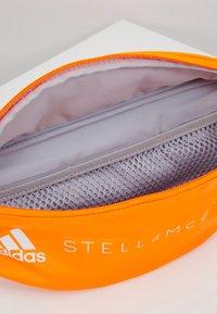adidas by Stella McCartney - BUMBAG - Skulderveske - sorang/white - 4