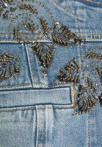 Liu Jo Jeans - GIACCA KATE - Džínová bunda - light blue denim - 5