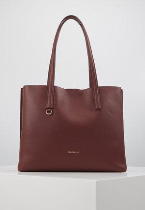 MATINEE - Shopping Bag - marsala/cherry