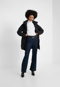 PYRENEX - BARROW - Down coat - black - 1