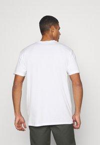 Napapijri The Tribe - PATCH UNISEX - Print T-shirt - bright white - 2