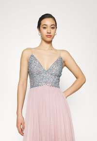 Lace & Beads - AMIRA MIDI - Cocktail dress / Party dress - blue/pink - 3