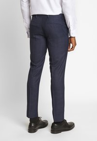 Isaac Dewhirst - CHECK SUIT - Suit - dark blue - 4