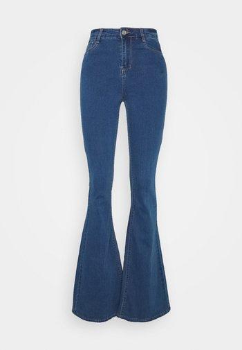 LAWLESS  - Široké džíny - blue