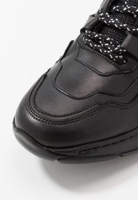 Redskins - YMAD - Trainers - noir - 5