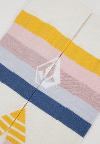 Volcom - TUNDRA TECH SOCK - Träningssockor - white - 2