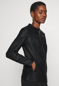 Soyaconcept - SC-AMALIE 4 - Faux leather jacket - black - 3