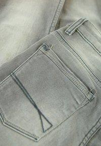 Garcia - Slim fit jeans - grey stone - 2