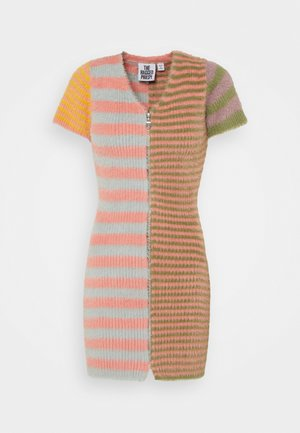 BURNER - Pletené šaty - multi