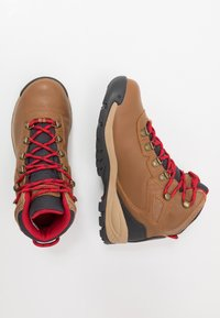 Columbia - NEWTON RIDGELUXE - Hiking shoes - elk/mountain red - 1