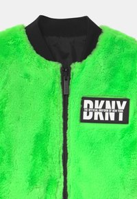 DKNY - REVERSIBLE - Winter jacket - fluo green - 3