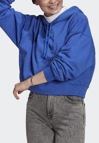 adidas Originals - HOODIE - Mikina skapucí - bold blue - 3